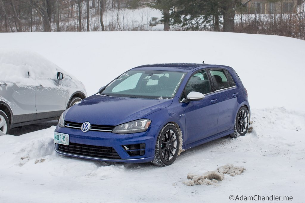 Golf R MK7 in the Snow